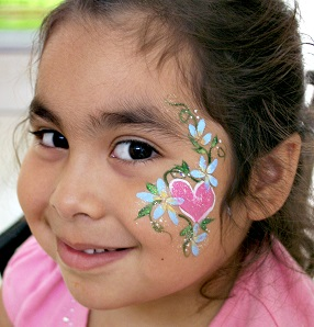 picture of face painting heart and flowersr